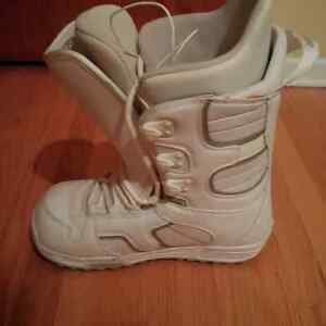 BURTON Women's Snowboard Boots size 9 REDUCED! Kitchener / Waterloo Kitchener Area image 4