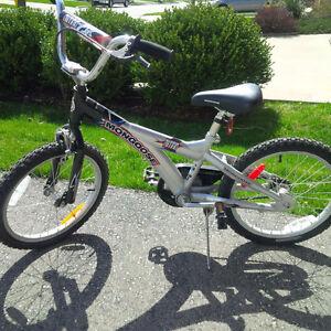"""Boy's 18"""" Street Bike"""