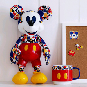 Looking for March 2018 Mickey Mouse Memory Collection.