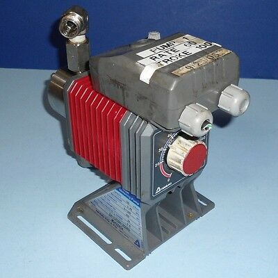 Iwaki Metering Pump 24w 200v 0.6a Eh-c20sh-200r9 Pzf