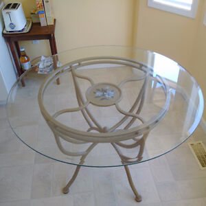 MOVING TO ONTARIO - Kitchen Table + 4 Chairs - MUST SELL