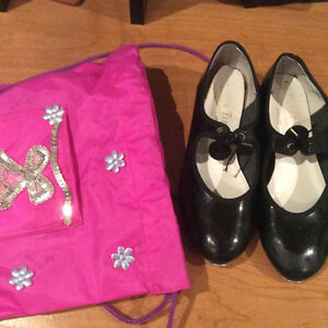 Tap shoes with bag