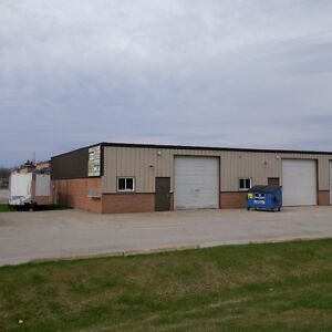 Double-wide Industrial Unit for lease in Alliston