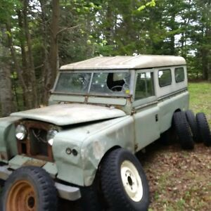 1963 and 1967 Land Rover 109
