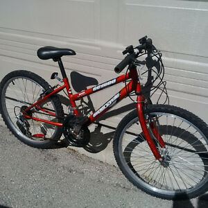 Girls Mountain bike, like new
