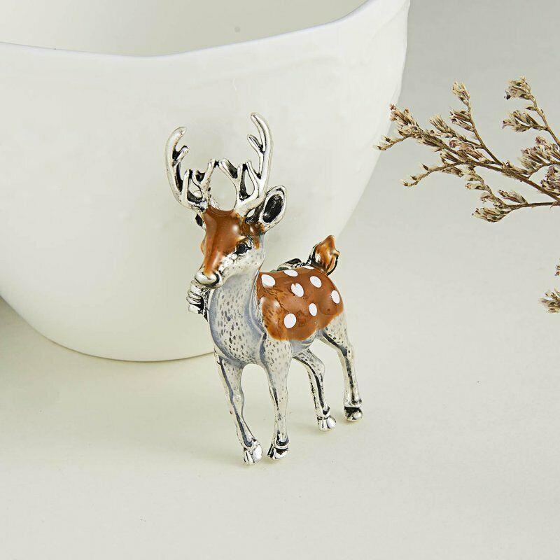 Wedding Party Christmas Jewelry Animal Brooch Sika Deer Pin Enamel Badges