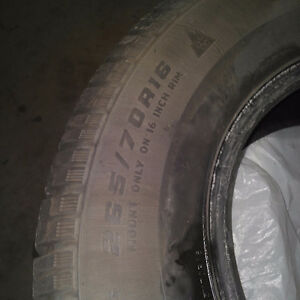 255/70/r16 almost new