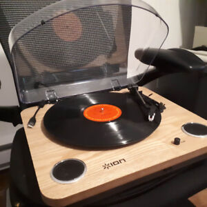 ION  USB Converter Turntable (like new), * Vinyl to digital !