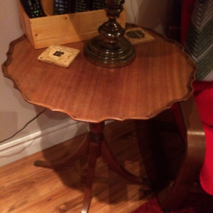 Table ronde (Pie Table)