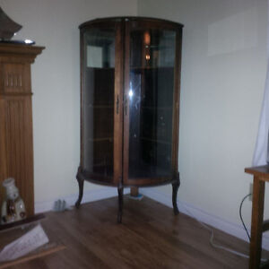 Round corner china cabinet Kitchener / Waterloo Kitchener Area image 3