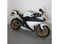 YAMAHA YZF125-R. STAFFORD MOTORCYCLES LIMITED