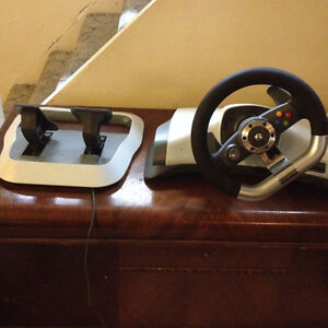 Xbox 360 Steering Wheel and gas/break pedals for Racing games