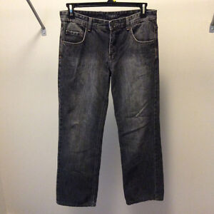 RW&CO men's jeans 31X32 ( relaxed )