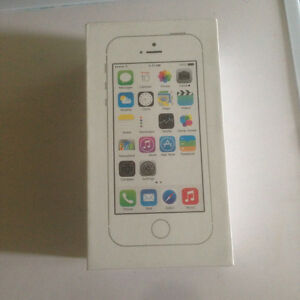FACTORY UNLOCKED BRAND NEW APPLE IPHONE 5S 16GB GOLD /WHITE  (UN