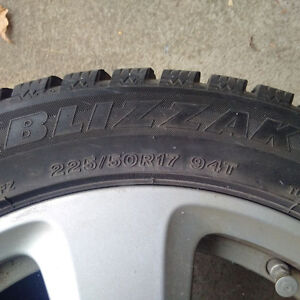 """BMW 17"""" rims and Blizzaks used 1.5 years 5 Series 2003-2009 London Ontario image 4"""