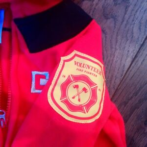 ADORABLE FLEECE FIREMAN OUTFIT / COSTUME - New Condition, 6-9M Cambridge Kitchener Area image 4