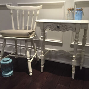 Shabby Chic Entrance Hall Side Table & Chair