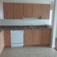Dartmouth Apartments-2 Bedroom&Den-Freshwater Trail-Russell Lake