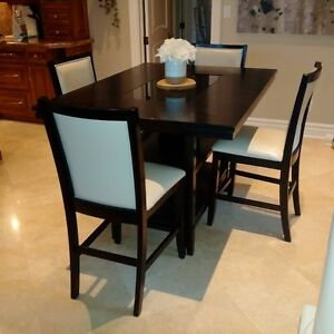 Gorgeous Ashley furniture table and chair set