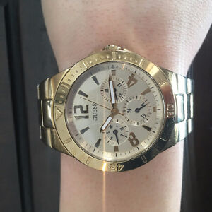 Guess Women's U12631L1 Gold Stainless-Steel Quartz Watch