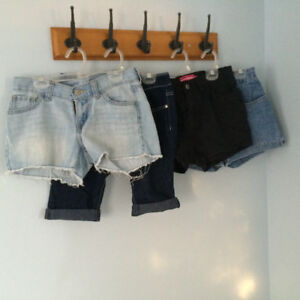 4 shorts jeans 10$
