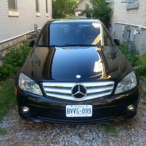 Rare 2010 Mercedes-Benz 6 Spd Manual C300 Sedan with sport mode