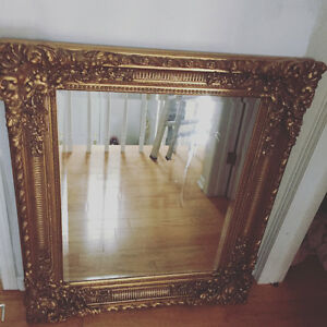 Extremely heavy solid wood ornate mirror Gatineau Ottawa / Gatineau Area image 1