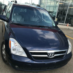2008 Hyundai Entourage low Km