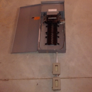 200 Amp Exterior Electrical Panel