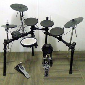 Roland TD-4 Electronic V-Drums Double Kick Pedal - Throne