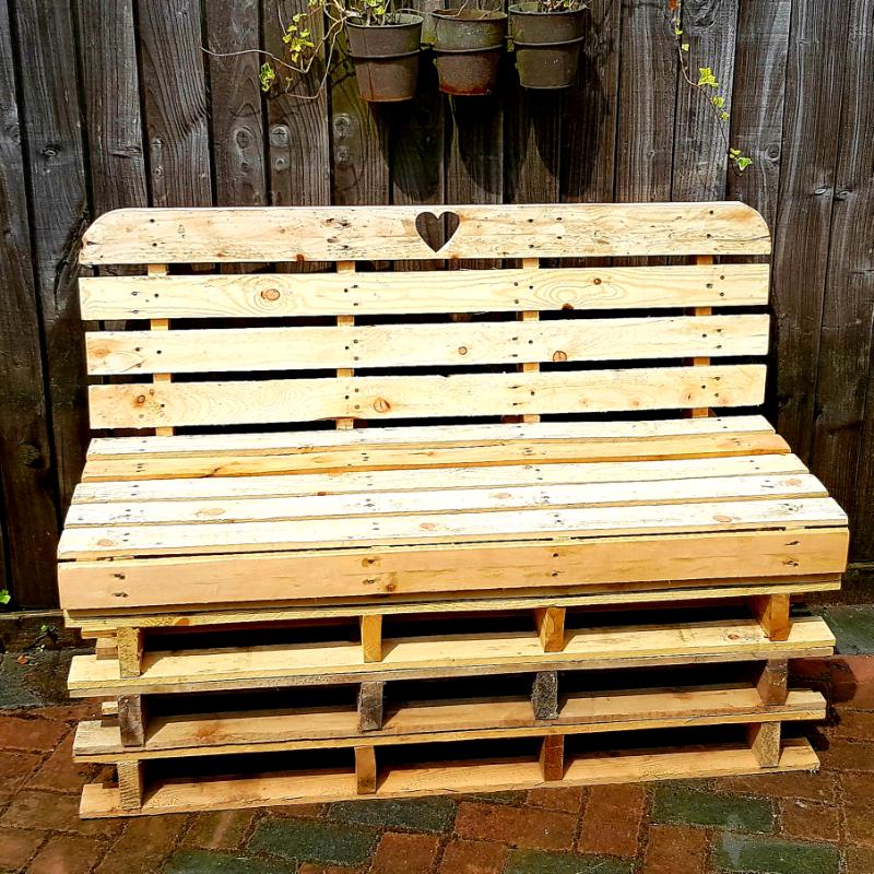 Incredible The Love Garden Bench 2 In Culverhouse Cross Cardiff Gumtree Evergreenethics Interior Chair Design Evergreenethicsorg