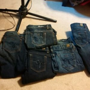 GUESS Jeans- women's.