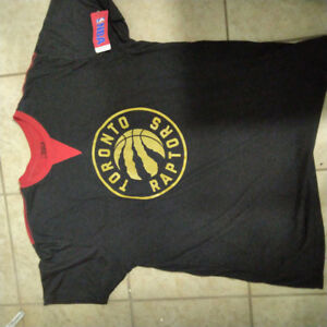 Brand new with tags: NBA Toronto Raptors t-shirt size XL