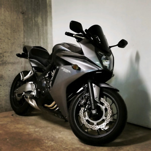 HONDA CBR 650F 2014 *CONDITION SHOWROOM*