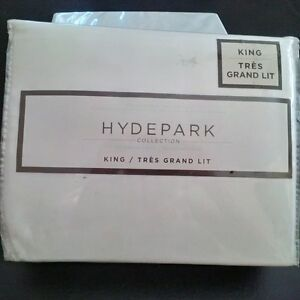 New - HydePark Collection King Sheet Set