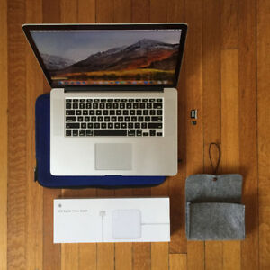 "Macbook Pro, 15"" Retina, Late 2013, with goodies"