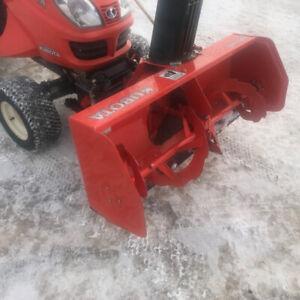 2007 Kubota 4wd Tractor, Snowblower, Mower