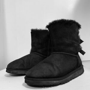 UGG - bottes femme - woman boot-  taille 4 ou 34