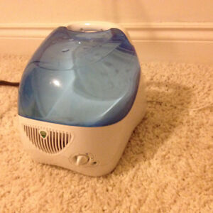 humidificateur cool mist-humidifier excellent condition