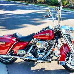 Road King Limited Edition. Absolutely mint.