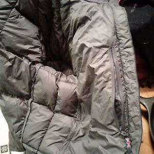 Montane Women's North Star Lightweight & Warm Puffy Down Jacket Cambridge Kitchener Area image 4