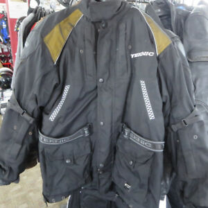 TeknicTextile Motorcycle Jacket Only $70 Re-Gear Oshawa