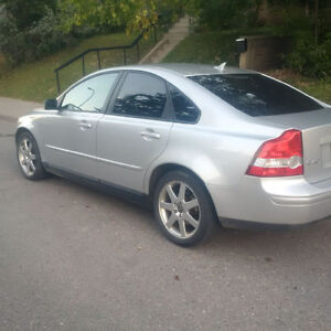 2005 Volvo S40 4 door Hatchback