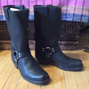 BLACK LEATHER MOTORCYCLE FRYE BOOTS BEST OFFER DEAL