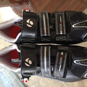 Bontrager woman cycling clip on shoes size 9