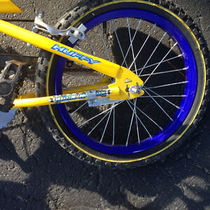 Huffy bike for 4-6 year old, excellent condition, $50.00 Kitchener / Waterloo Kitchener Area image 3