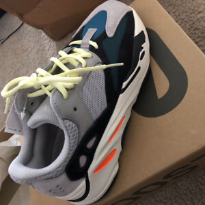Yeezy Boost 700 size us7