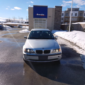 2003 BMW 325i 5 Speed Manual ***175000 km***