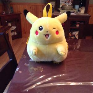 gros sac à dos peluche Pikachu -Pokémon