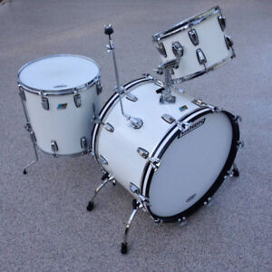 1978 Ludwig Drums....3 Piece.....White Cortex....Mint CD !